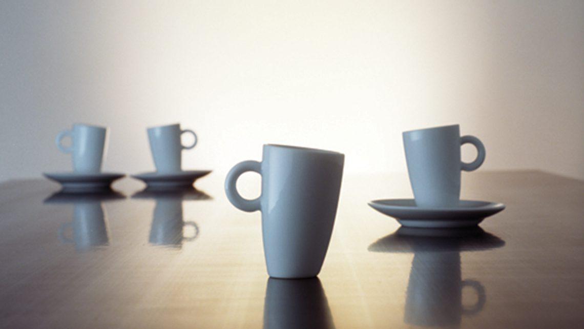 benjamin-hopf-14-tilted-tableware_0003_espresso