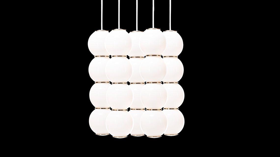 pearls-studio-benjamin-hopf-formagenda_0004_pearls-chandelier-gold-eeeee