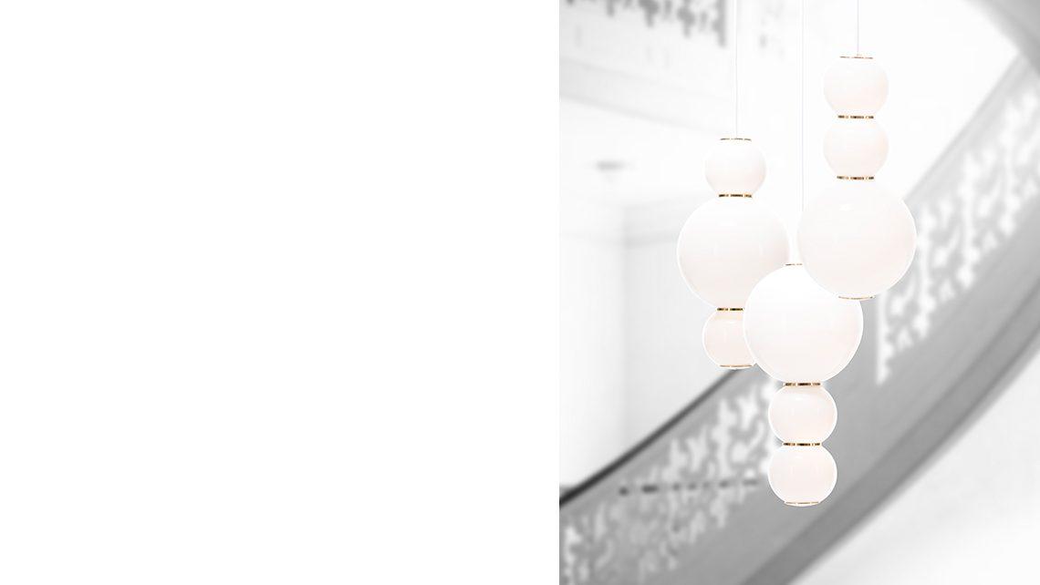 pearls-studio-benjamin-hopf-formagenda_0006_pearls-chandelier-gold-ambiente_01